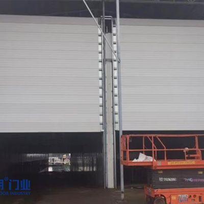 一款适用于高温厂房反装工业提升门