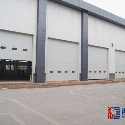 货车运输出货码头工业提升门